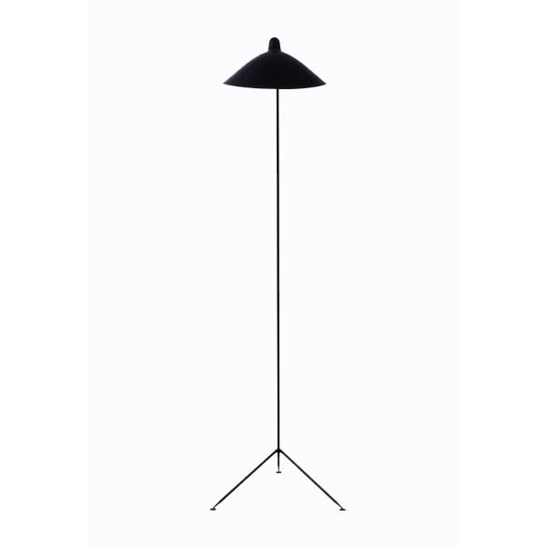 Lámpara de suelo de un brazo, fabricada en Francia en acero lacado negro. Creada en los años 50 por el diseñador Serge Mouille