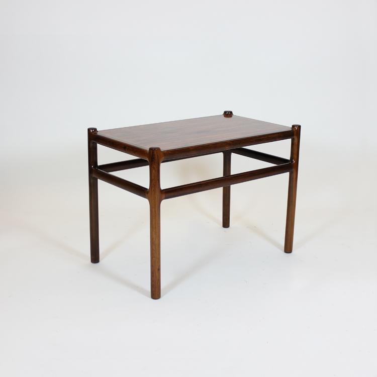 Mesa danesa de palosanto