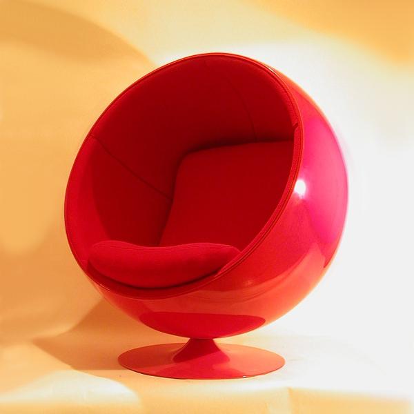 ball chair de eero aarnio tiempos modernos. Black Bedroom Furniture Sets. Home Design Ideas