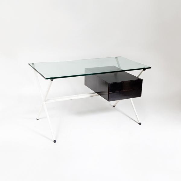 Mesa de despacho de Franco Albini