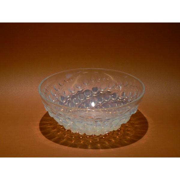 """Cuenco de cristal opalescente modelo """"Bille"""" de Lalique"""