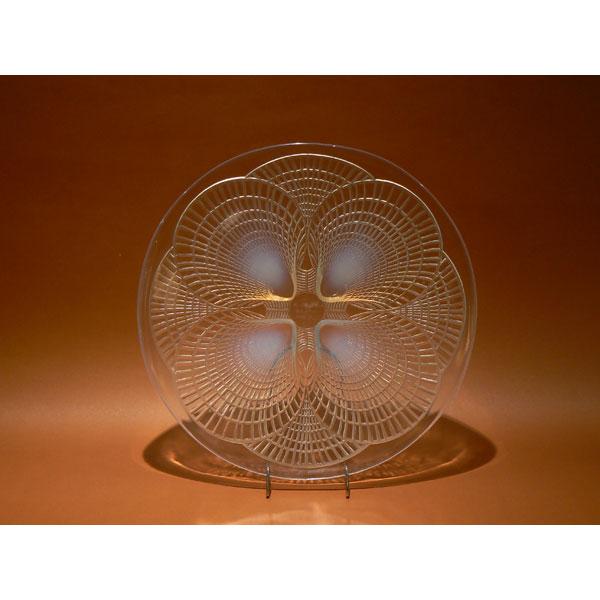 Plato de cristal Art Déco de Lalique. Modelo Coquilles