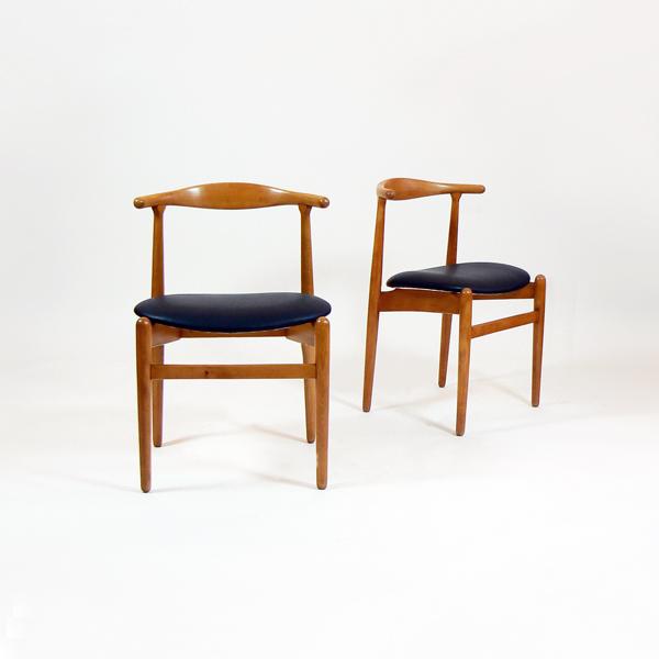 Conjunto de 4 sillas de Hans Wegner