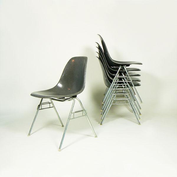 Cojunto De Sillas Apilables Eames