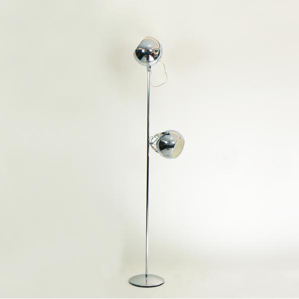 L mpara de suelo con dos globos tiempos modernos - Lamparas de suelo ...