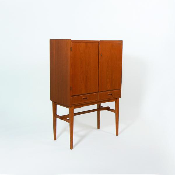 Mueble bar dan s tiempos modernos - Muebles daneses anos 50 ...