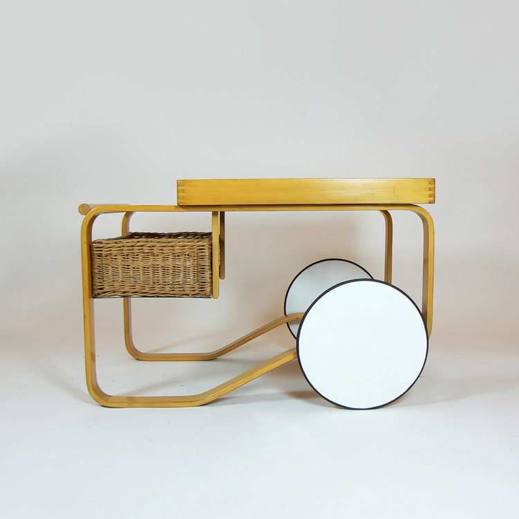 Tea trolley de Alvar Aalto