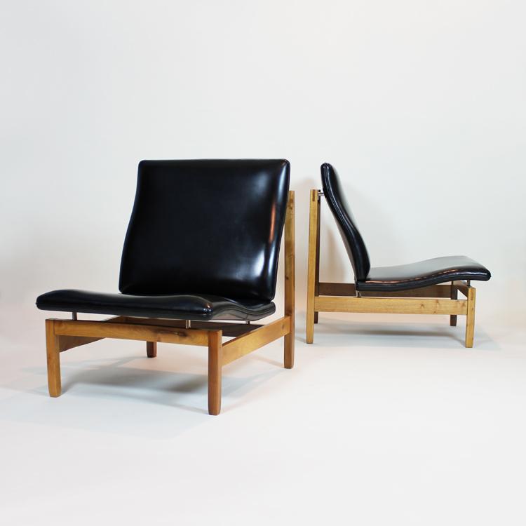 Dos sillones dise o espa ol for Tiempos modernos muebles