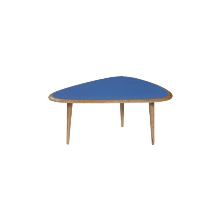 mesa auxiliar en roble y lacado en azul
