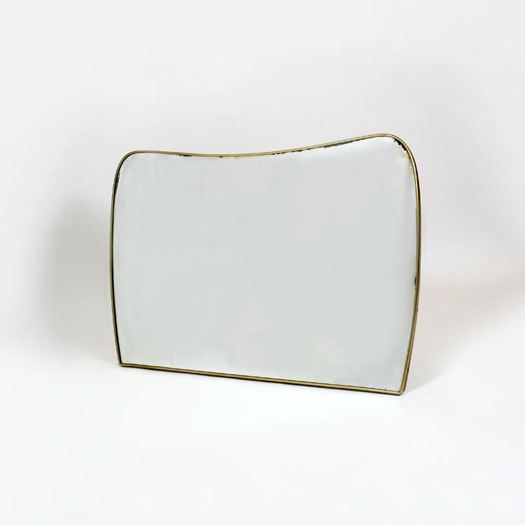 Espejo. Italia, hacia 1950