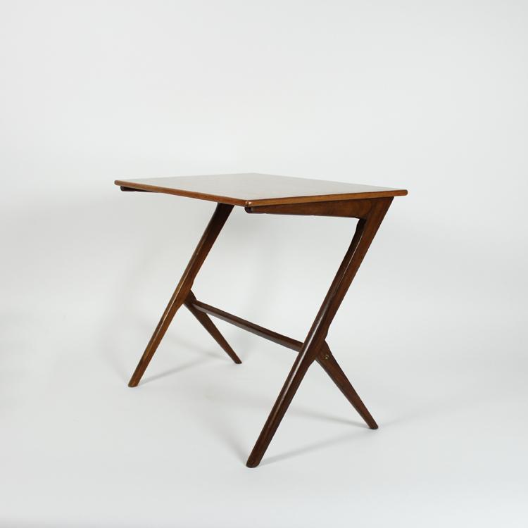 Mesa de Kurt Ostervig. Dinamarca, 60s