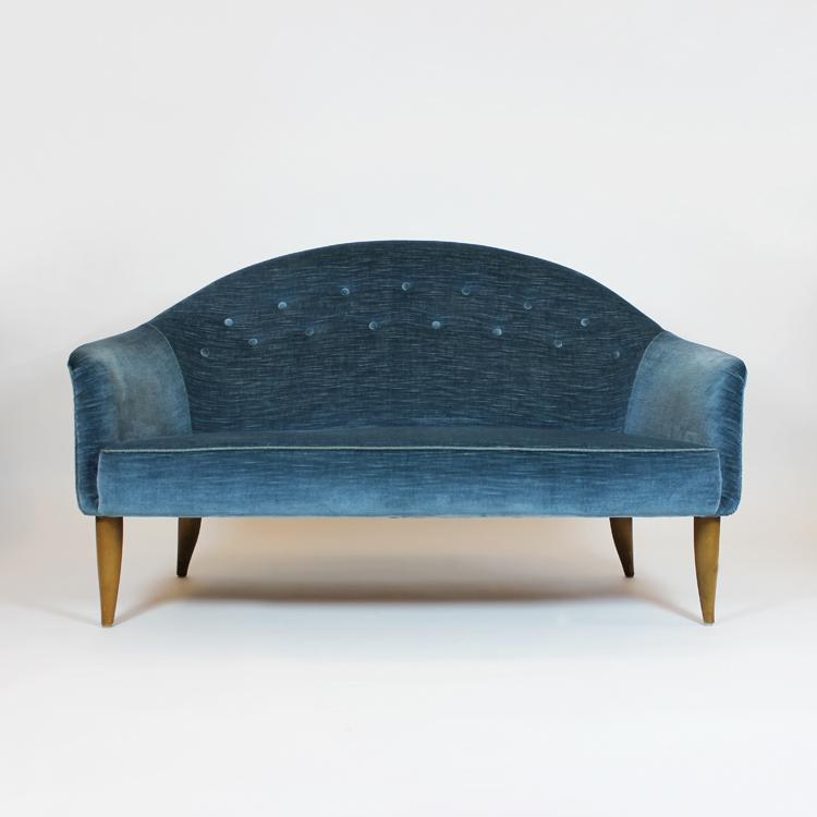Sofá de Kerstin Horlin-Holmquist. Suecia, años 50