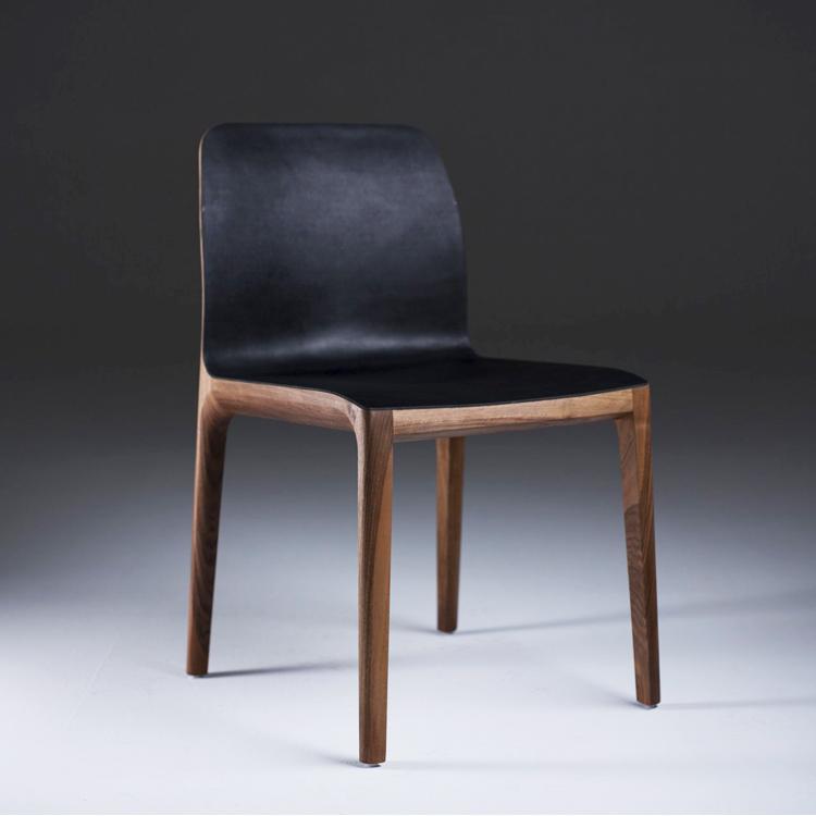 Silla Invito. Diseño de Michael Schneider para Artisan