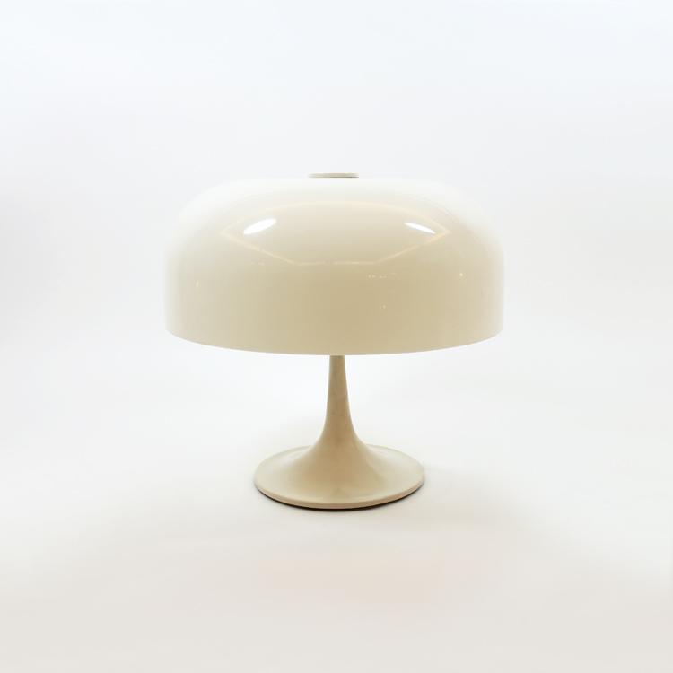 Lámpara de mesa. Italia, años 60