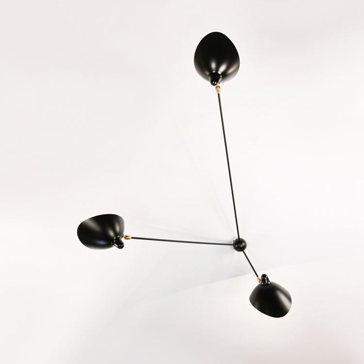 "Aplique ""Araña"" de tres brazos de Serge Mouille, diseño de 1955"