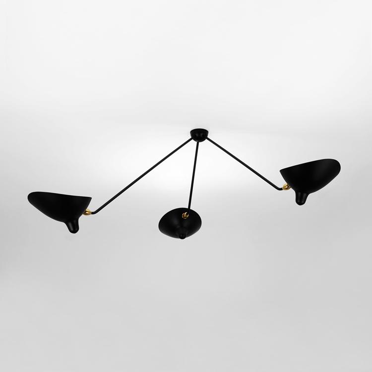"""Lámpara Serge Mouille de techo, modelo """"Araña"""" tres brazos fijos en acero negro y bronce. Diseño original y elegante año 1955"""