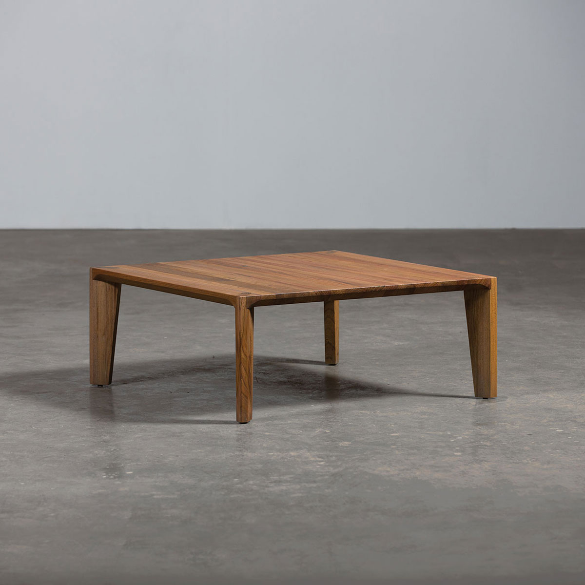 Mesa hanny de artisan en madera con dise o vanguardista y - Mesas madera diseno ...