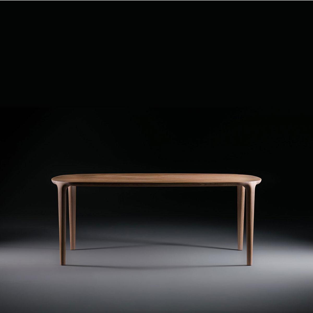 Mesa Wu, en madera maciza a elegir con diseño vanguardista y de producción artesanal en Europa