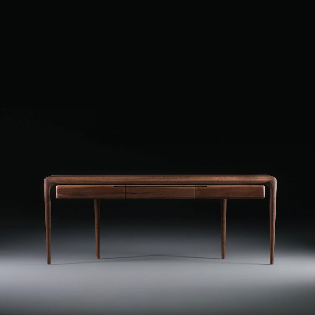 Mesa Consola Latus en madera, de diseño moderno y suaves acabados, con producción artesanal en Europa
