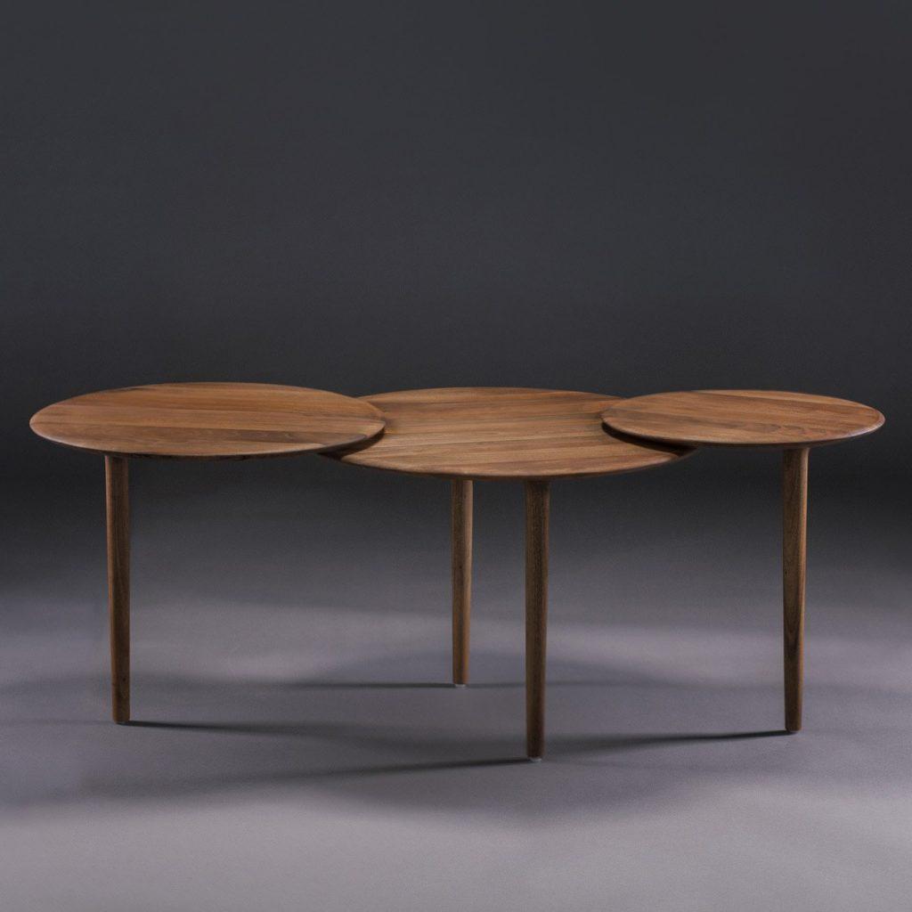 Mesa Cafe Triple, en madera con diseño original de alta calidad