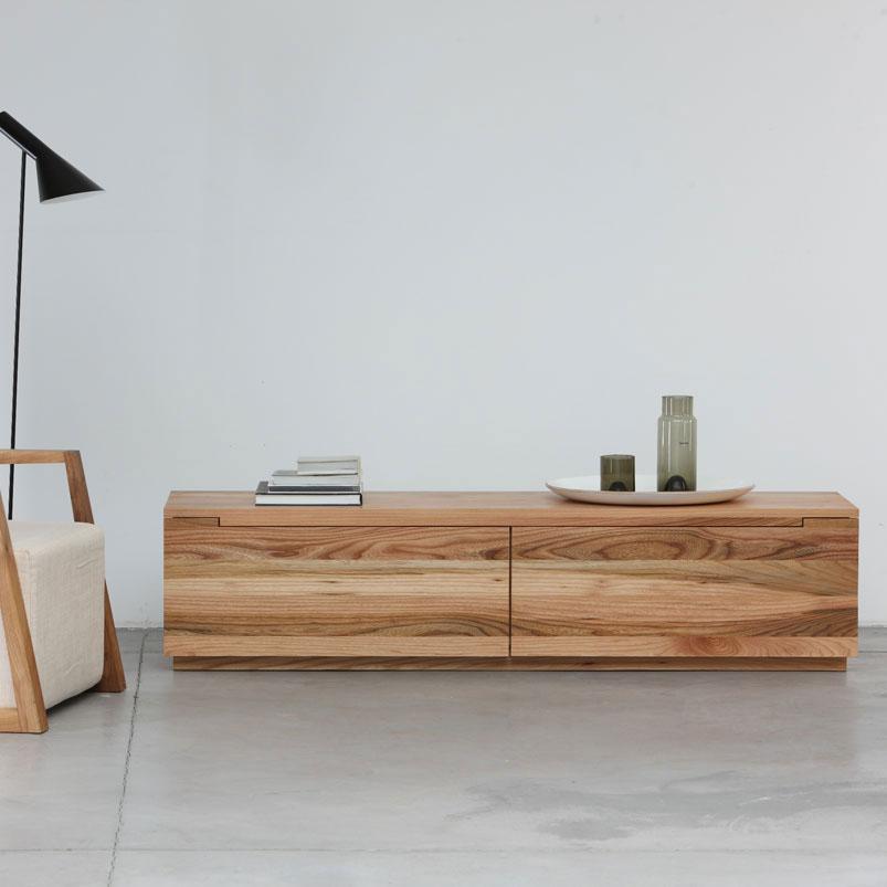Aparador basic en madera con dise o actual y elaboraci n for Tiempos modernos muebles