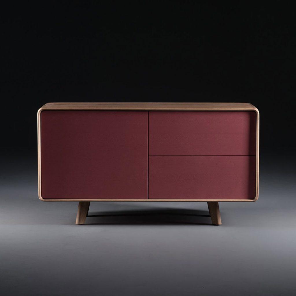 Aparador Neva 75, diseño moderno y original, realizado en diferentes y excelentes tipos de maderas. Producción artesanal europea de calidad