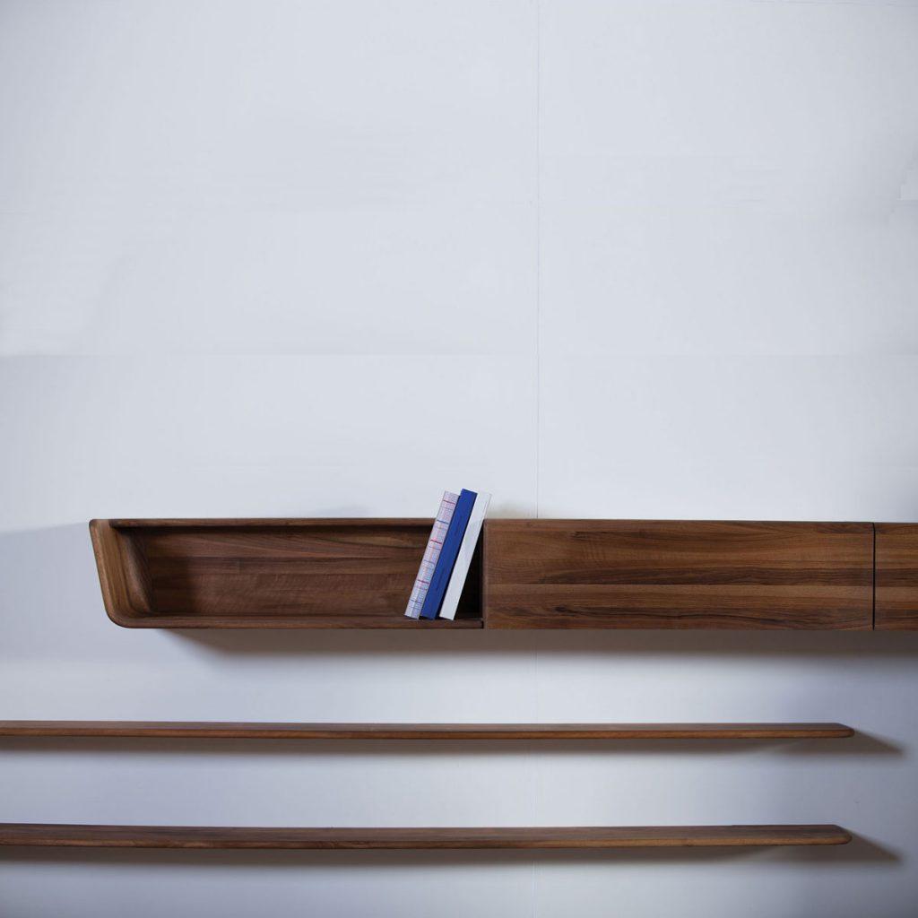 Mueble Modular Latus Pared en madera con cajones y compartimentos, de diseño moderno y exclusivo para Artisan de Bosnia