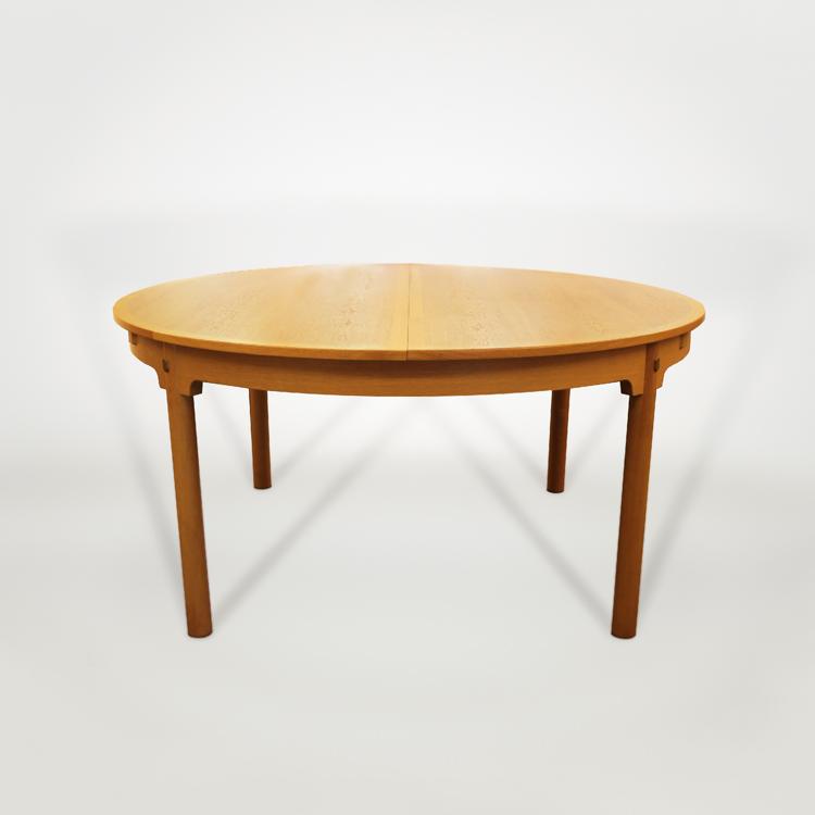 Mesa de comedor de Borge Mogensen
