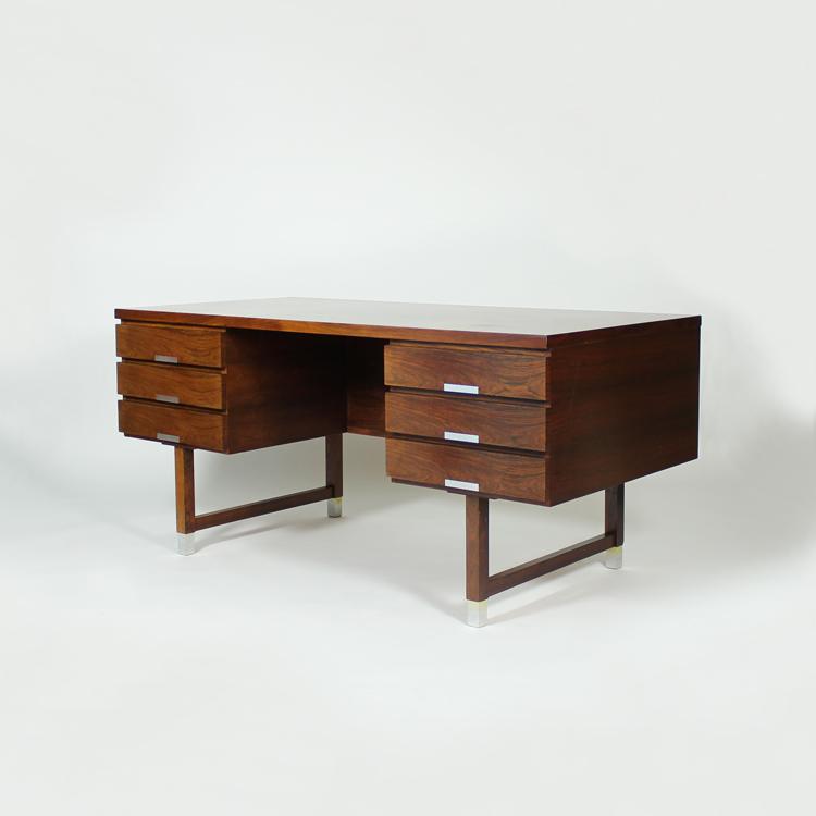 Mesa despacho de Kai Kristiansen